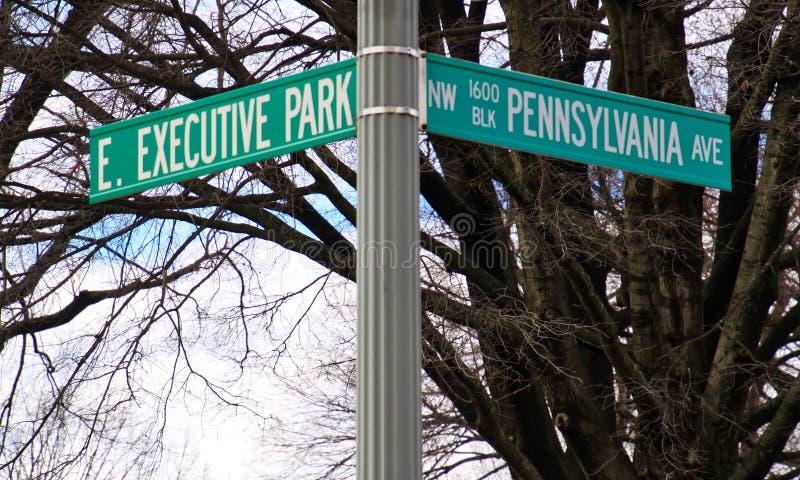 Угол Пенсильвании и исполнительного парка, адреса ` s нации Белого Дома на юго-западной стороне стоковое фото