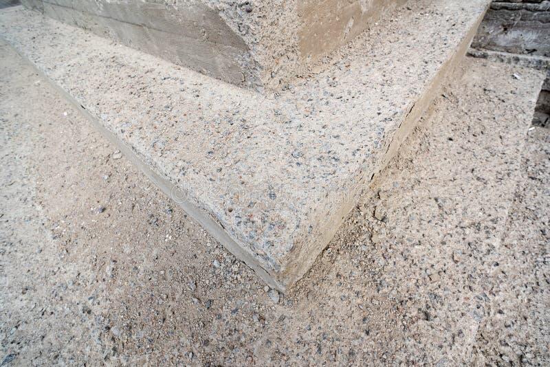Угол старой лестницы сделанный камня стоковая фотография rf