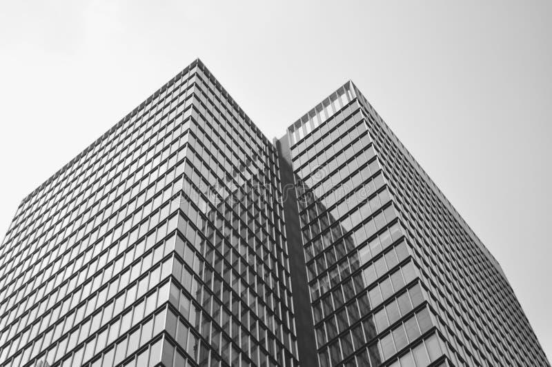 Угловое здание стоковое изображение rf