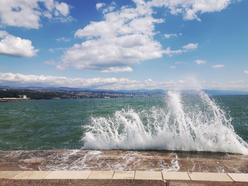 Удар волны стоковое изображение rf