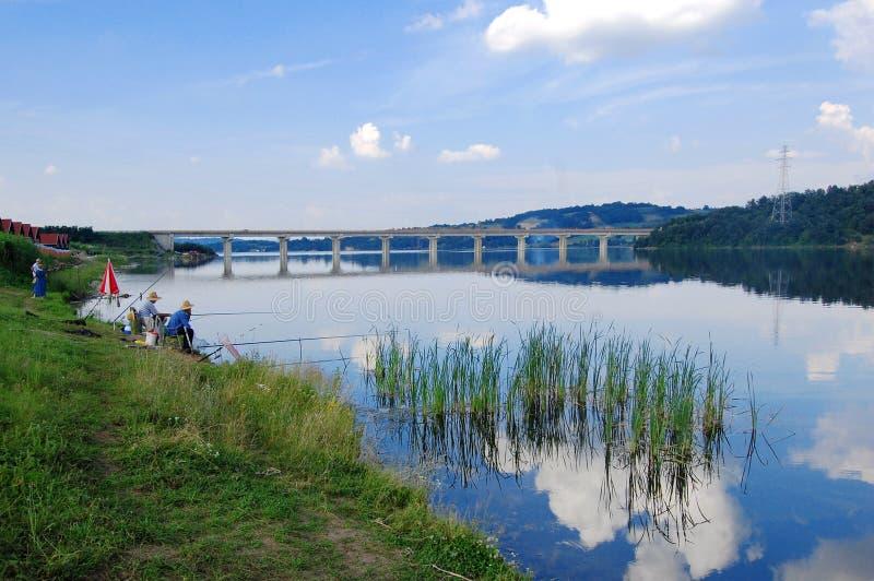 Удить на озере Gruza стоковое фото rf