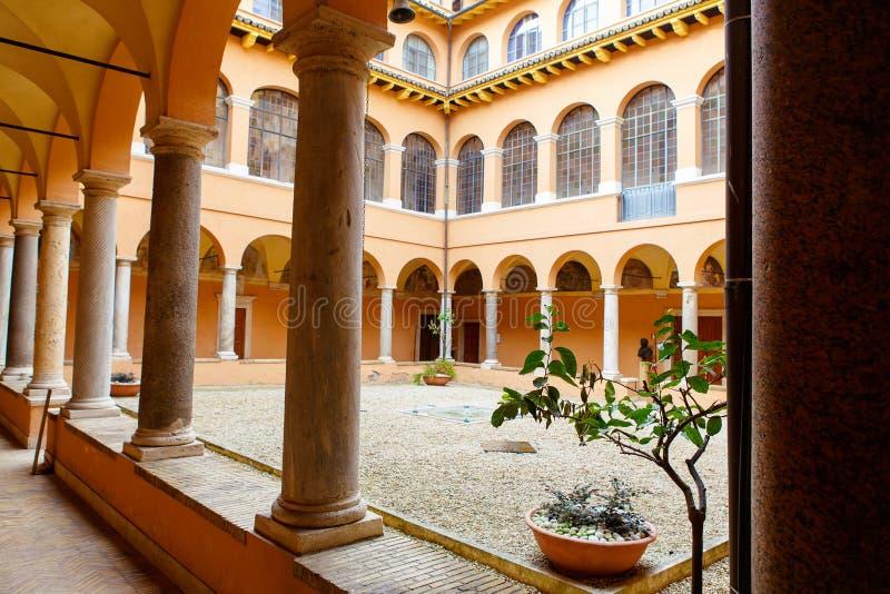 Уедините в Сан Pietro в церков Montorio в Риме стоковые фотографии rf