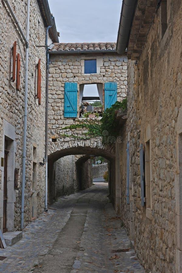 узкие улицы стоковое фото