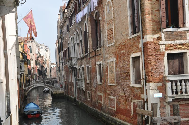 Узкий канал Венеции стоковое изображение rf
