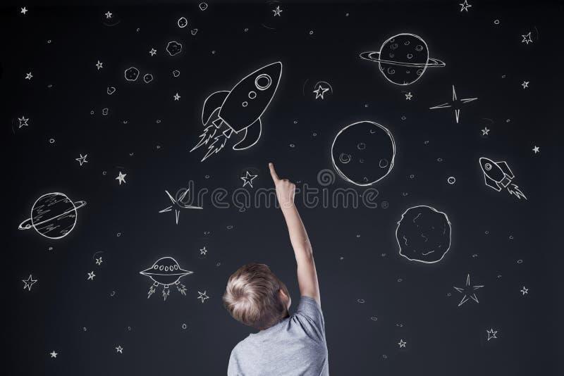 Указывать на небо стоковое изображение rf