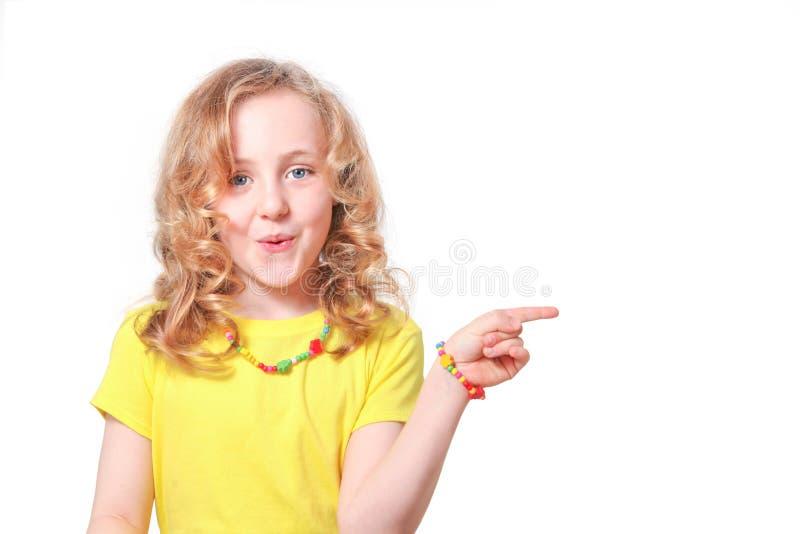 указывать ребенка стоковые фото