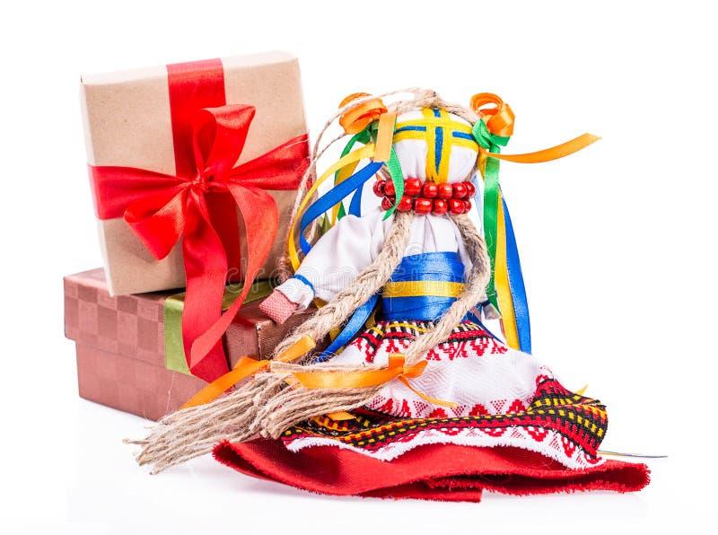 Украинская национальная подарочная коробка куклы стоковые фотографии rf