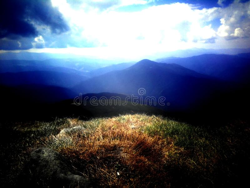 Украинские прикарпатские горы стоковые изображения