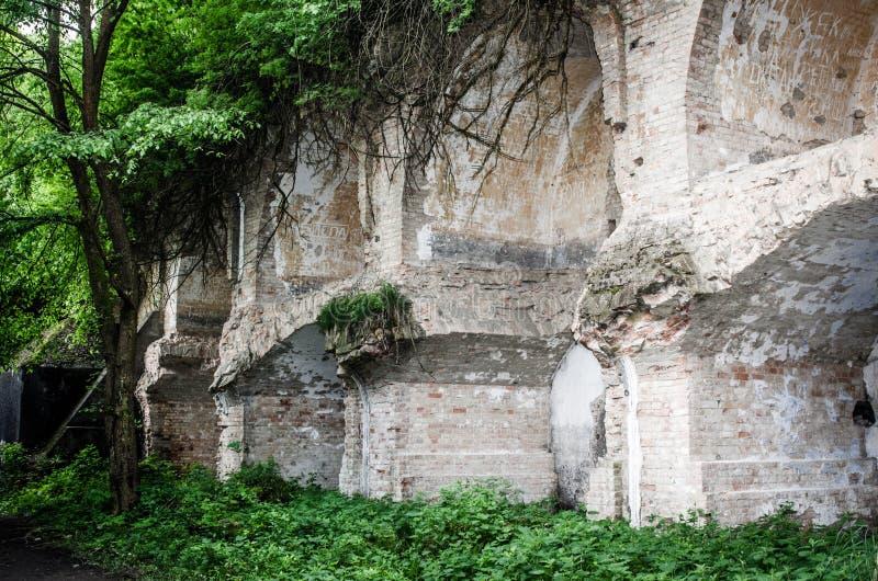 Украинский бункер в Dubno, руинах стоковые изображения rf