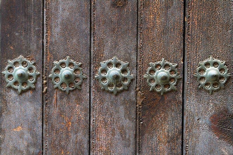 украшающ двери старые стоковое изображение rf