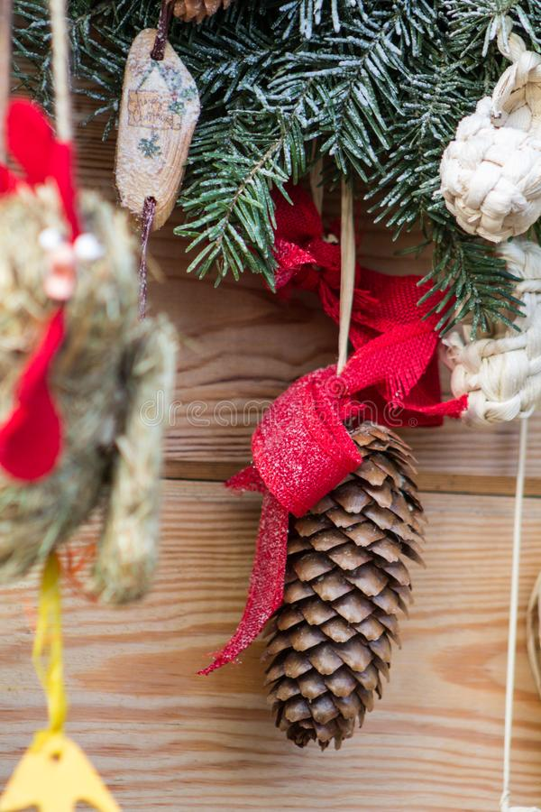 Украшение конуса сосны ели рождества стоковое изображение