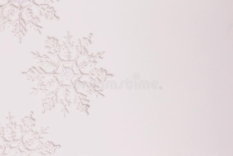 Украшение орнамента снежинки на белизне стоковое фото
