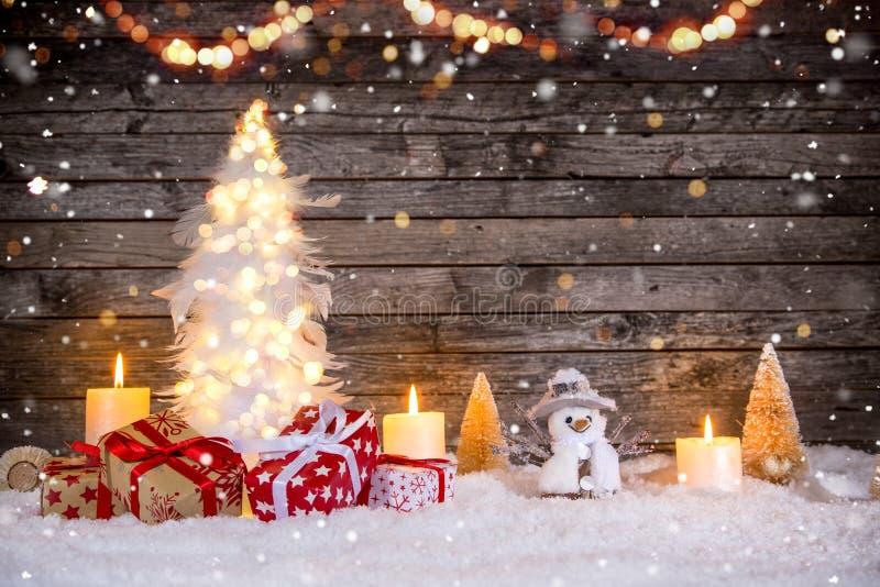 Украшение рождества на деревянной предпосылке стоковые изображения rf