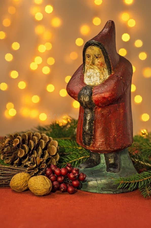 Украшение рождества с Figurine Санта стоковые изображения