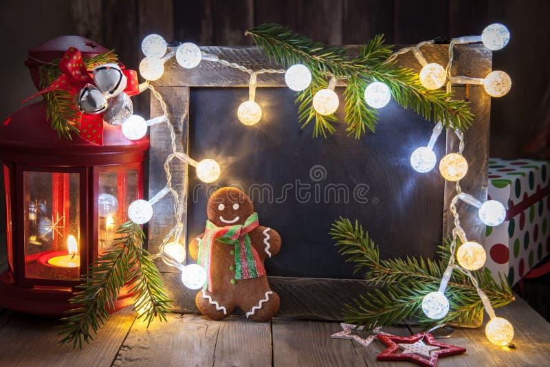 Украшение рождества с человеком доски и пряника стоковая фотография rf