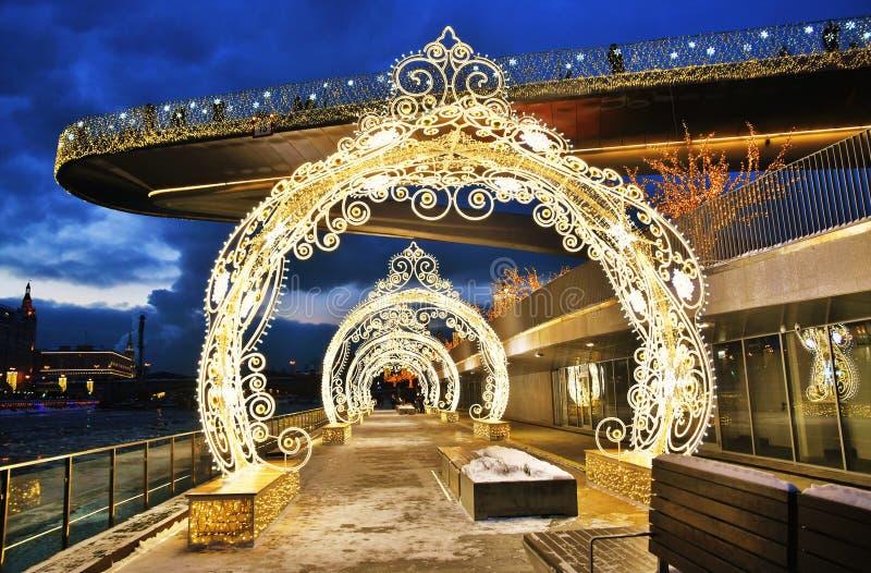 Украшения рождества и Нового Года 2019 в парке Zaryadye в Москве стоковые изображения