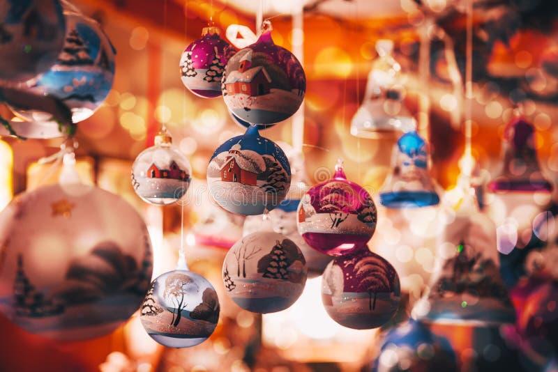 Украшения рождества на альте рождественская ярмарка Адидже Trentino, Италии стоковое изображение rf