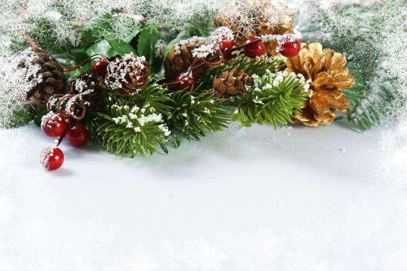 Украшения рождества с снежной границей стоковое фото rf