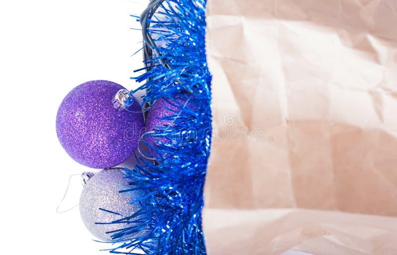 Украшения рождества в пакете стоковые фото