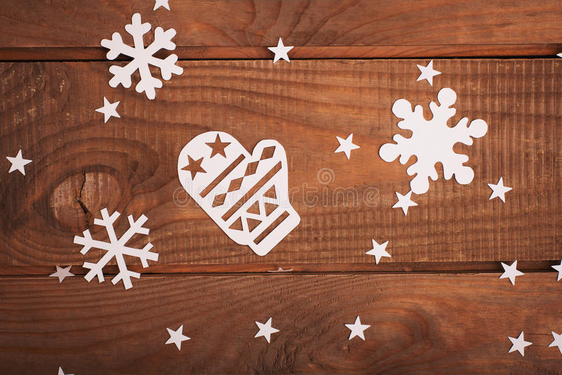 Украшения с Рождеством Христовым рождественских открыток в бумажном стиле вырезывания стоковые изображения