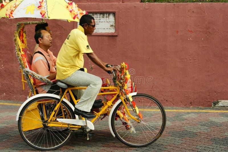 Украшенная рикша trishaw или трицикла в исторических Малакке или Melaka, Малайзии стоковые фотографии rf