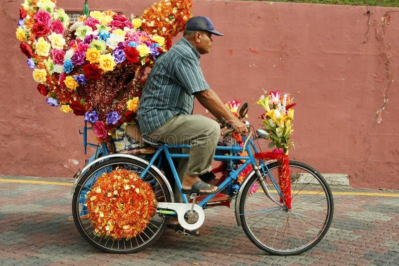 Украшенная рикша trishaw или трицикла в исторических Малакке или Melaka, Малайзии стоковые изображения
