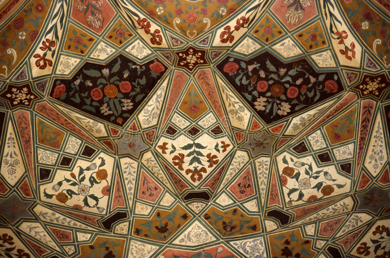 Download украшенный потолок стоковое фото. изображение насчитывающей покрашено - 78218