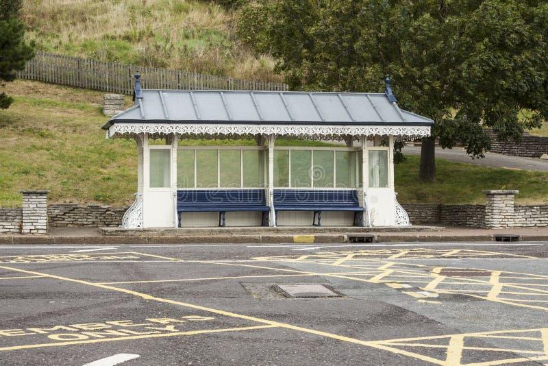 Укрытие автобусной остановки в Великобритании стоковое фото rf