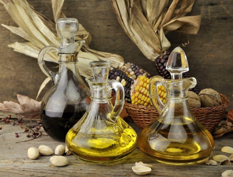 уксус пищевого масла стоковые изображения rf