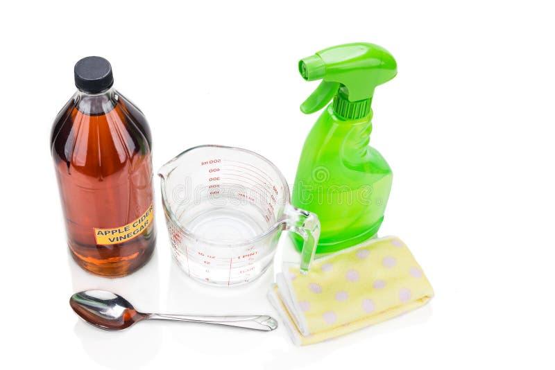 Уксус яблочного сидра, эффективное естественное решение для cleani дома стоковое изображение