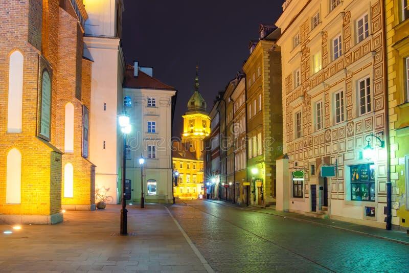 Улица Варшавы в вечере стоковые изображения rf