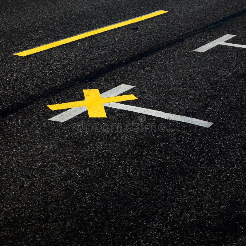 улица выстилки маркировок стоковое фото