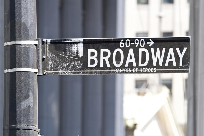 улица знака broadway стоковые фотографии rf