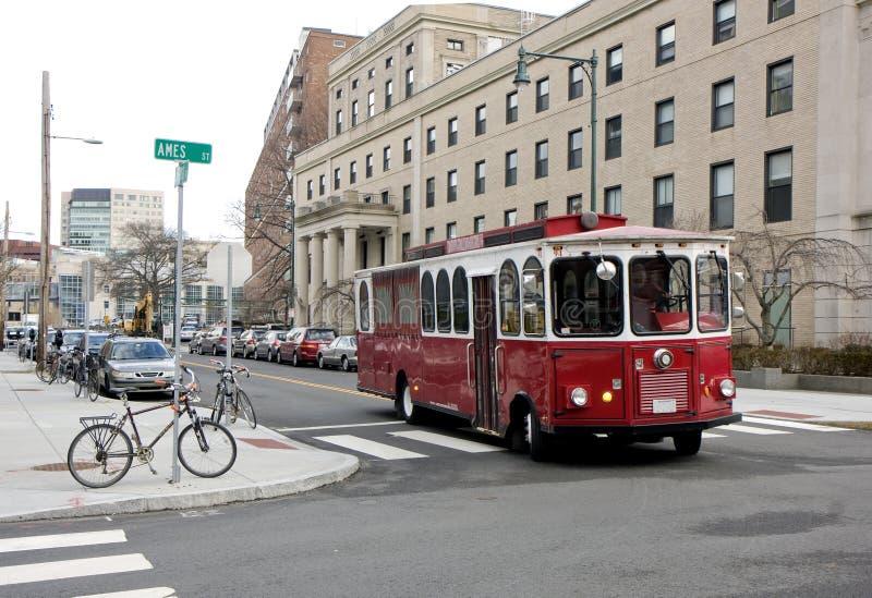 улица красного цвета cambridge шины стоковое фото rf