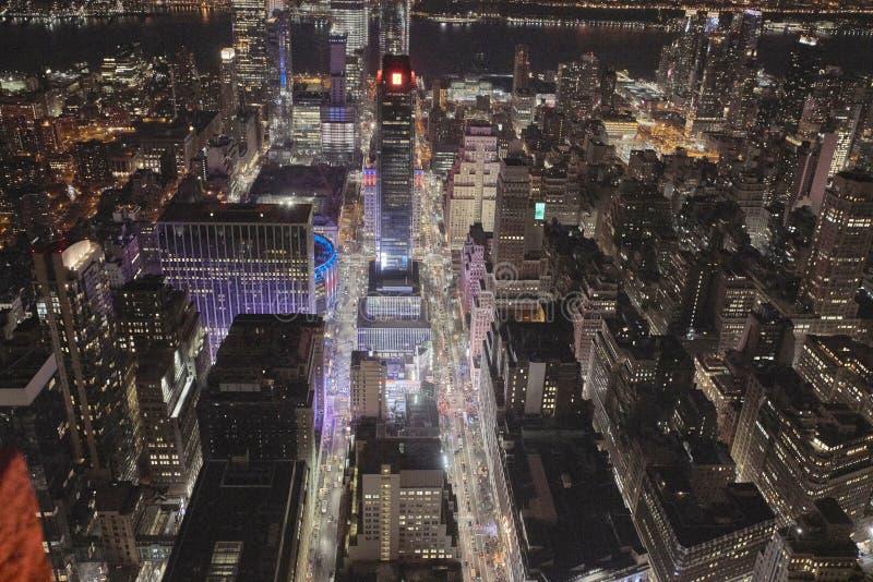 Улица ночи в Нью-Йорке стоковые фотографии rf