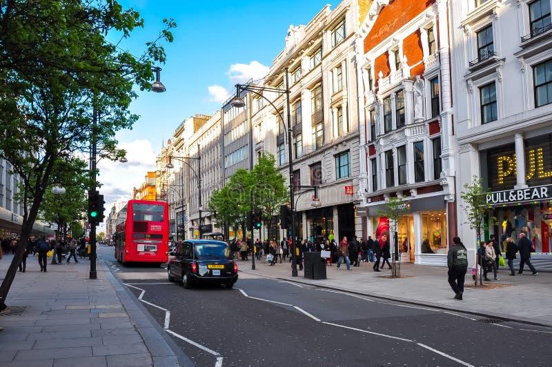 Улица Оксфорда в центре Лондона, Великобритании стоковое изображение