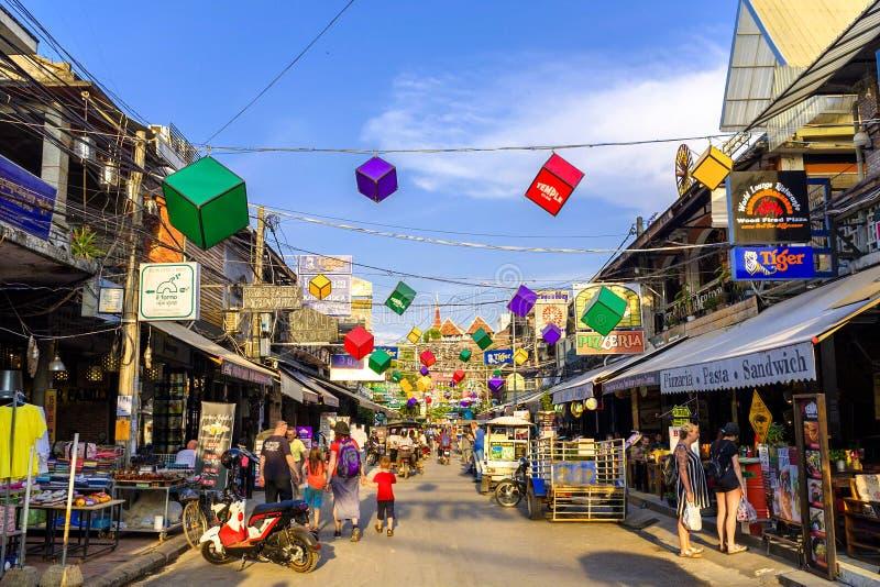 Улица паба в Siem Reap стоковые фотографии rf