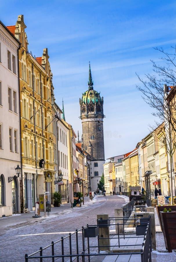 Улица снега весь Ge Schlosskirche Wittenberg церков замка Святых стоковые изображения
