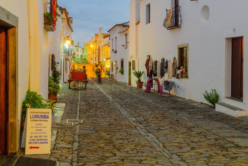 Улица Direita главная улица в Monsaraz стоковая фотография rf