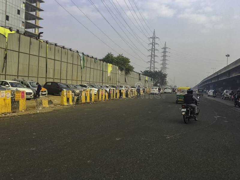 Улица Gurgaon/Gurugram, Нью-Дели стоковая фотография rf