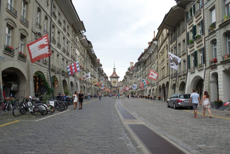 Улица Kramgasse в старом городке Bern стоковые изображения
