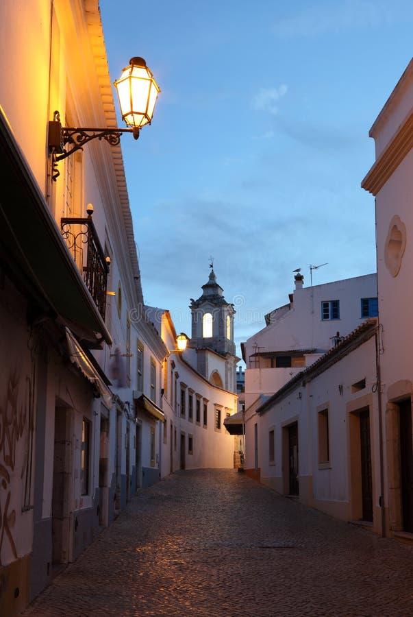 улица lagos Португалии сумрака стоковое изображение rf