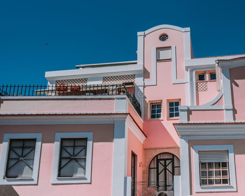 Улица Portuga Новы Косты архитектуры города Авейру стоковое фото