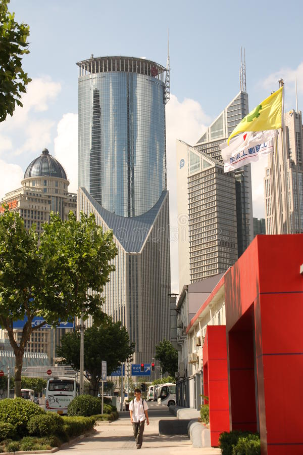 улица shanghai pudong стоковое фото