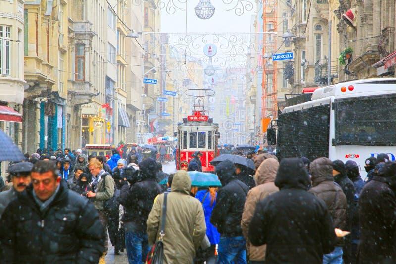 Улица Taksim-Istiklal в Стамбул стоковые изображения rf