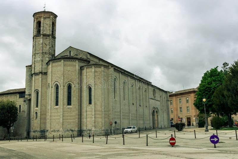 Улицы и здания в историческом городе Gubbio, Италии стоковые фотографии rf