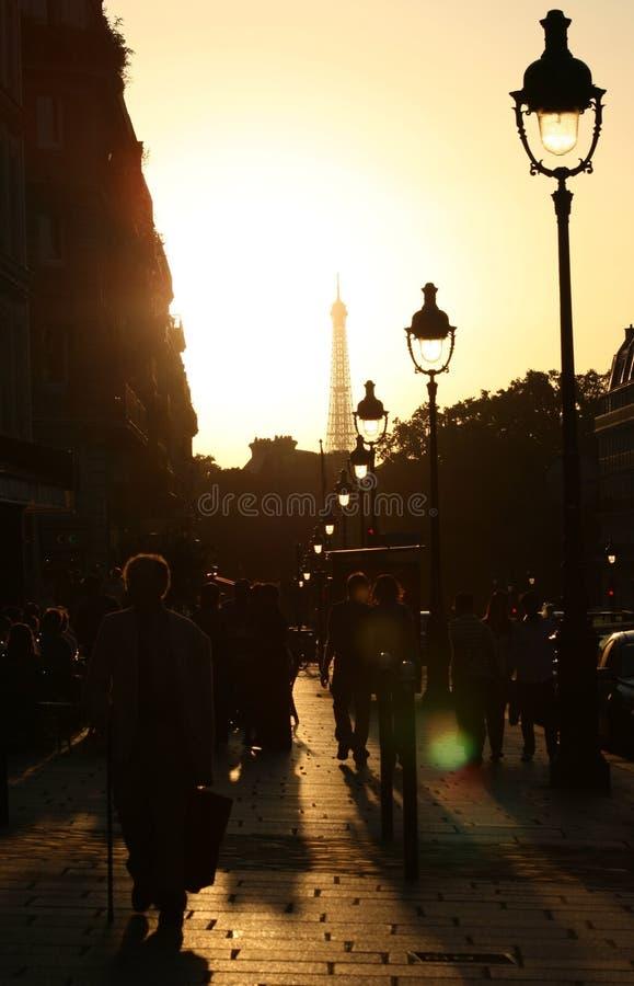 улицы paris стоковые фотографии rf