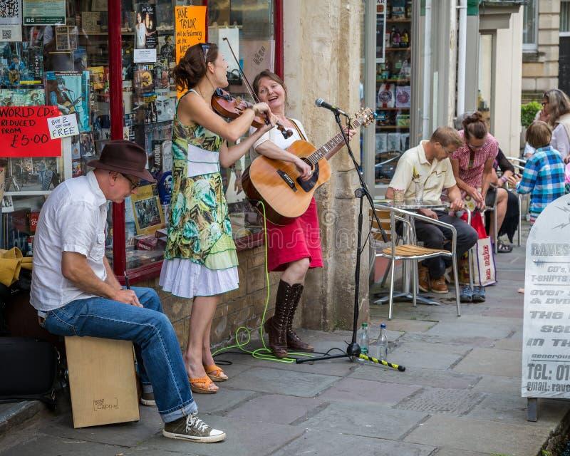 Уличные исполнители на рынке Frome воскресенья стоковая фотография