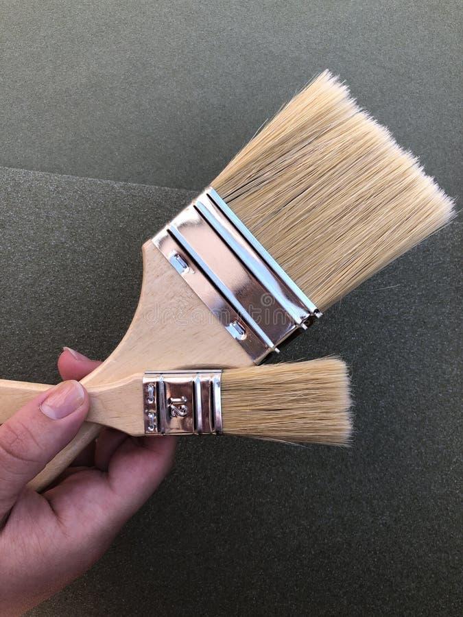 Улучшения дома и DIY, кисти стоковые изображения