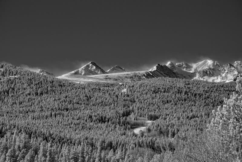 Ультракрасное изображение скалистых гор вне Больдэра, Колорадо стоковое изображение rf
